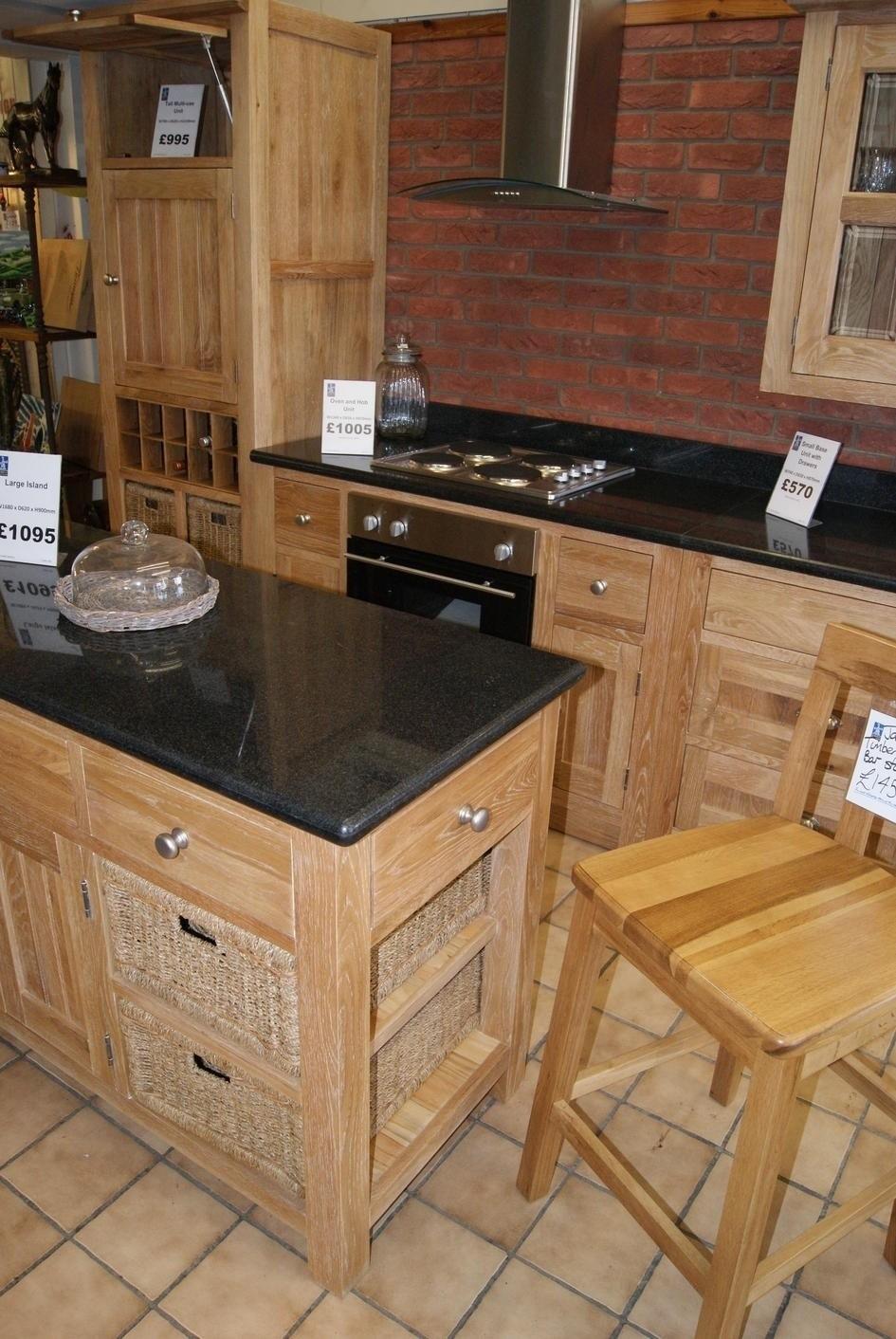 Kitchens Leeming Bar
